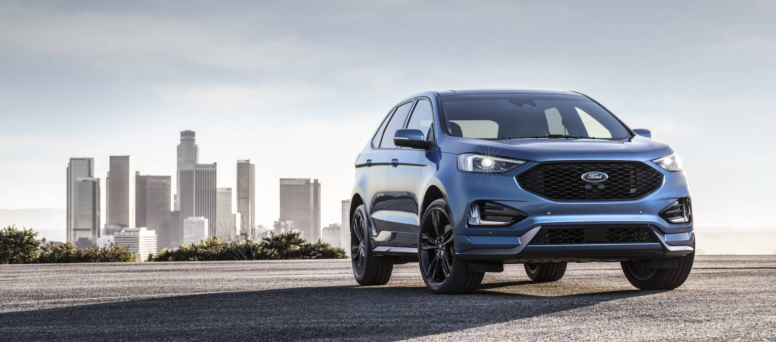 2019 Ford Edge ST 3/4 Front View